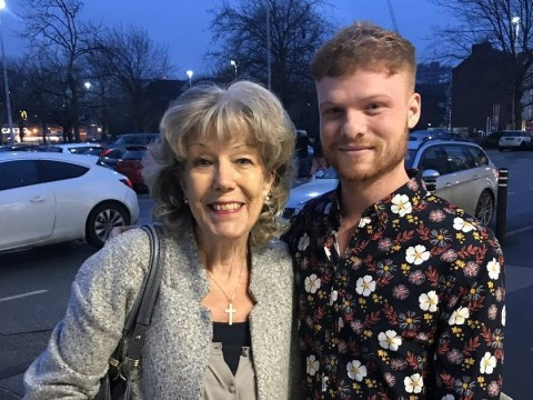 Coronation Street's Audrey Roberts saves the day by giving stricken shopper £1 for a trolley