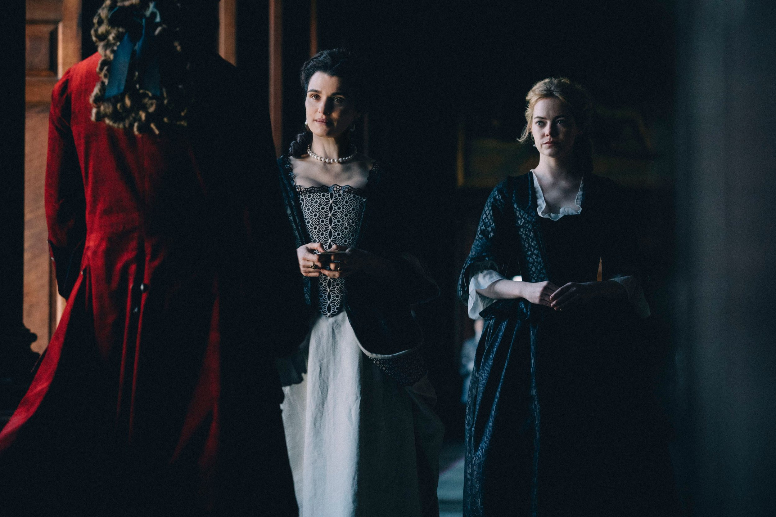 Rachel Weisz and Emma Stone in The Favourite