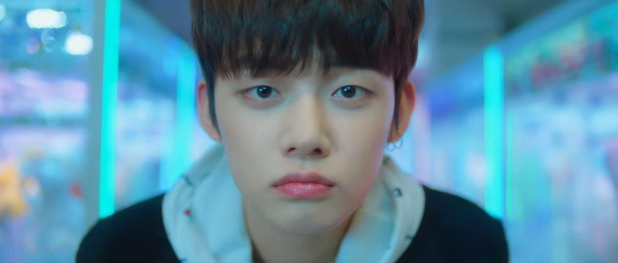 Yeonjun joins TXT