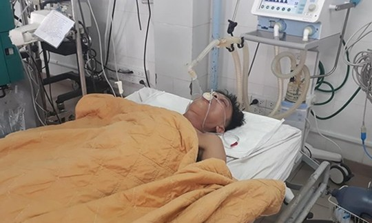 Pic shows: The man was discharged from the hospital after 3 weeks VIETNAM: Medics have perfused five litres of beer into a man's stomach to prevent him from dying of alcohol poisoning.
