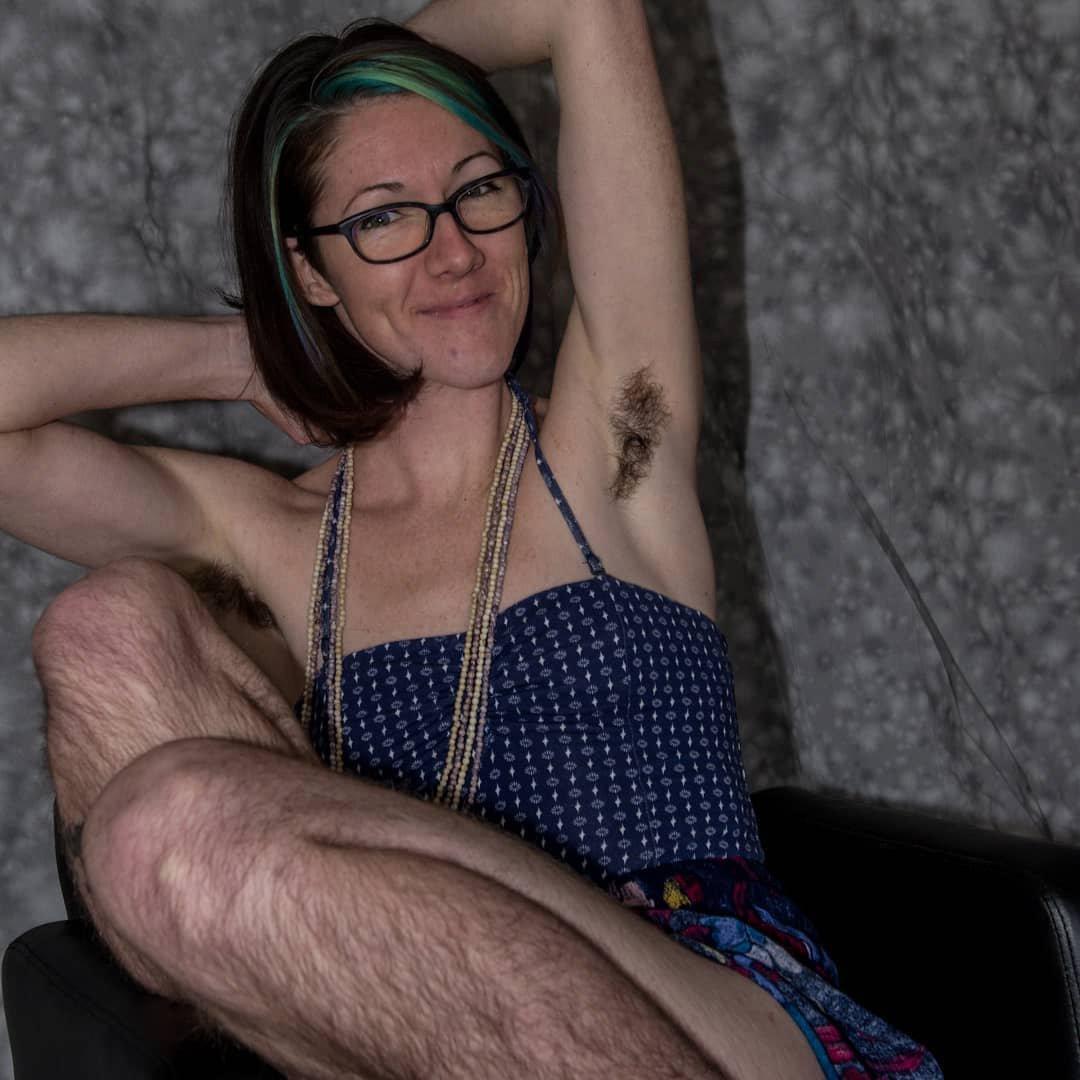 Maxi mound nude photo
