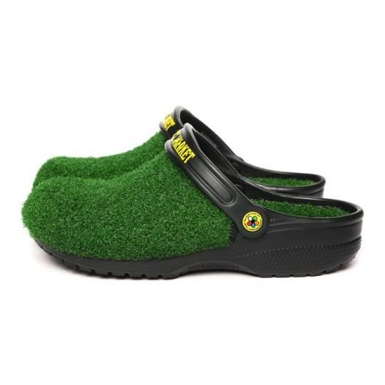 Crocs going under