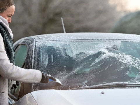 How to stop your car windows from freezing