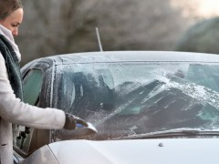 How to stop car windows from freezing this winter