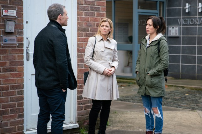 Leanne (Jane Danson) is suspicious of Nick (Ben Price)