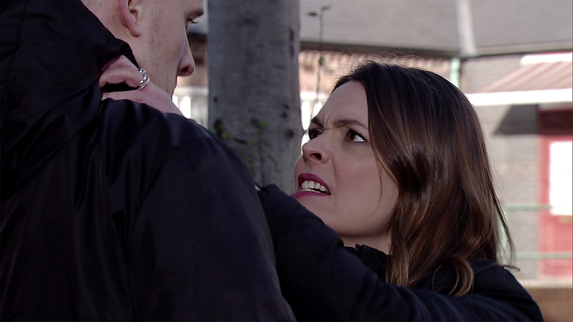 Tracy attacks Tyler in Coronation Street