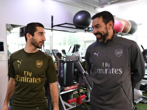 Robert Pires wants to see Marc Overmars chosen as Arsenal's new Director of Football