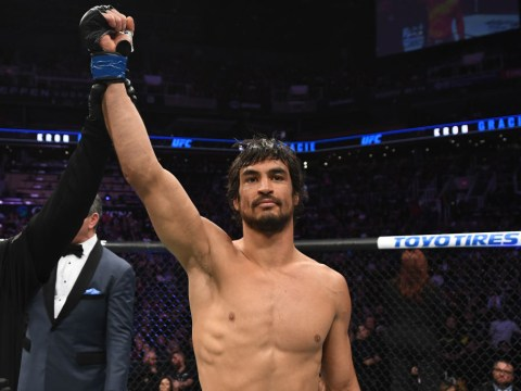 Kron Gracie chokes out Alex Caceres and threatens UFC featherweights: 'Everybody else better watch their f***ing neck'