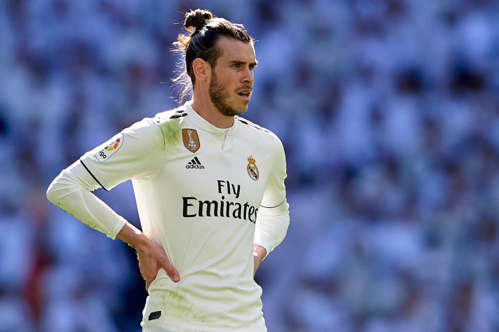 Gareth Bale prefers Real Madrid stay to Manchester United or Chelsea switch