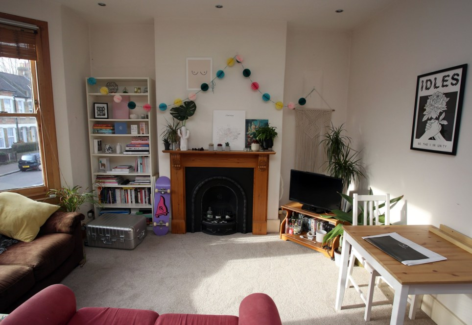 Strange What I Rent Hannah 620 A Month For A Room In Brockley Download Free Architecture Designs Embacsunscenecom