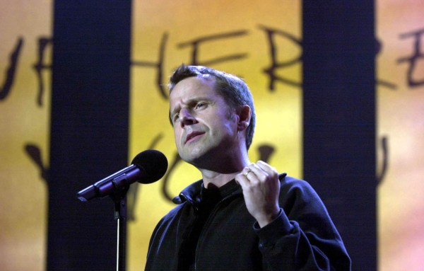 File photo dated 03/06/2001 of Jeremy Hardy performing on stage during the 'We Know Where You Live. Live!' event to mark the 40th anniversary of Amnesty International at Wembley Arena, the comedian has died of cancer, his publicist Amanda Emery said. PRESS ASSOCIATION Photo. Issue date: Friday February 1, 2019. See PA story DEATH Hardy. Photo credit should read: William Conran/PA Wire