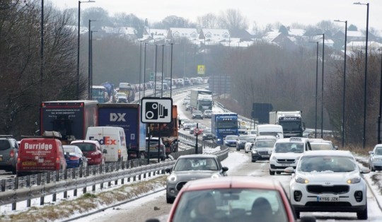 Dated: 01/02/2019 SNOW CHAOS ON ROADS ... Gridlocked traffic on the A690 Houghton Cut in Houghton le Spring, Tyne and Wear, after heavy snow leads to the closure of the eastbound lane this morning (FRI) See snow round-up