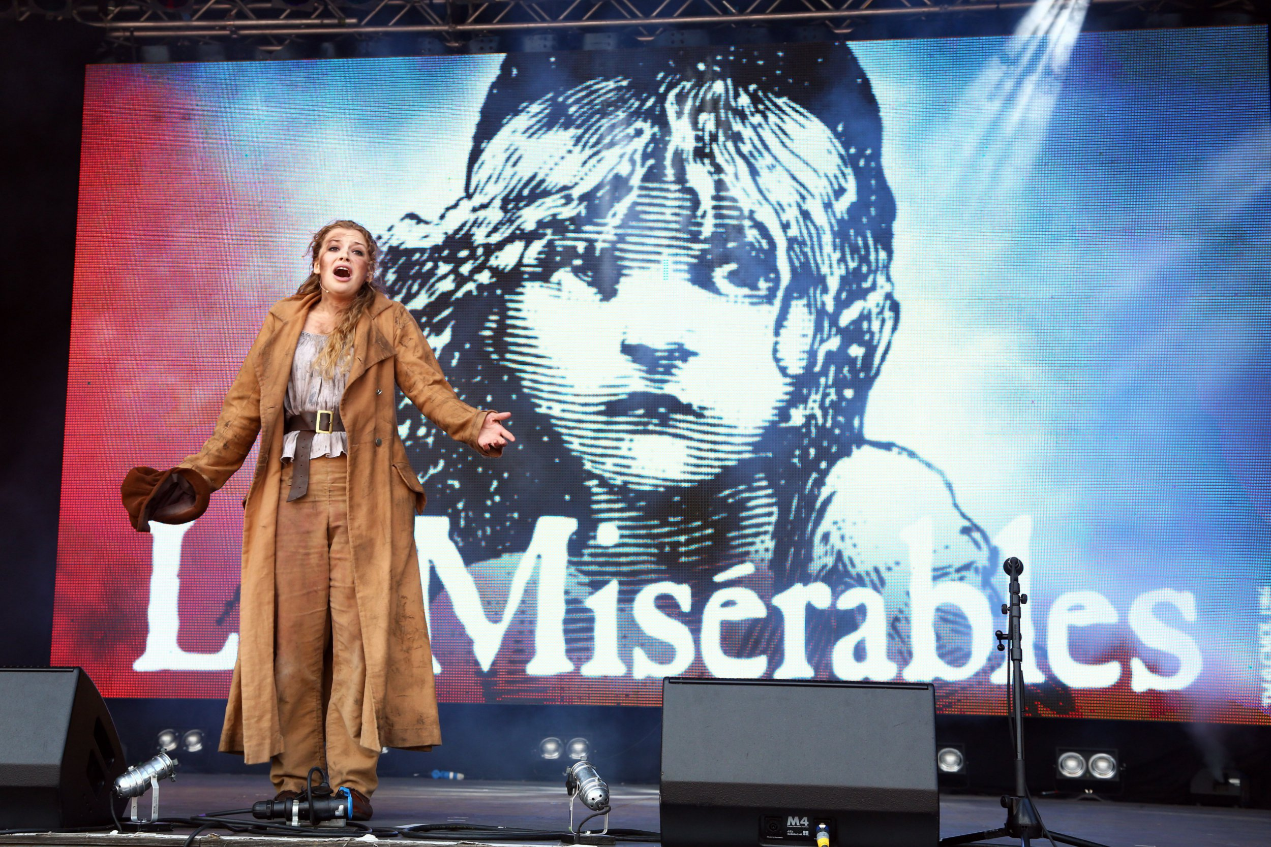 Who is in the cast and how to get tickets for the new Les Misérables concert as it moves to the Gielgud Theatre?