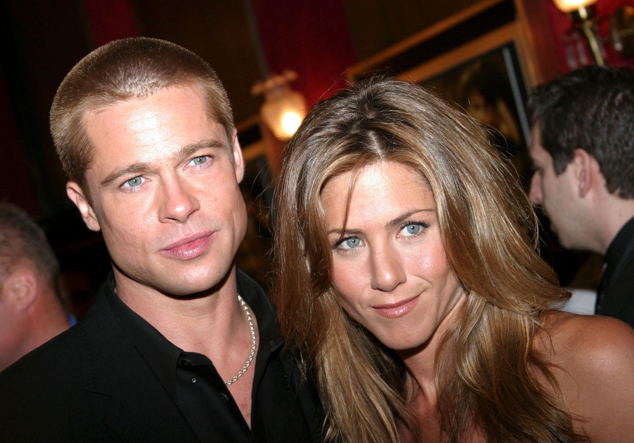 Mandatory Credit: Photo by Sara Jaye/REX/Shutterstock (452237e) Brad Pitt and Jennifer Aniston 'TROY' FILM PREMIERE, NEW YORK, AMERICA - 10 MAY 2004