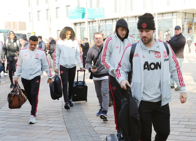 17.2.19??????. The Manchester United team get the train to London on Sunday afternoon for their FA Cup match against Cheslsea on Monday????????????. Tahith Chong, Alex Sanchez, Luke Shaw and Victor Lindelof.