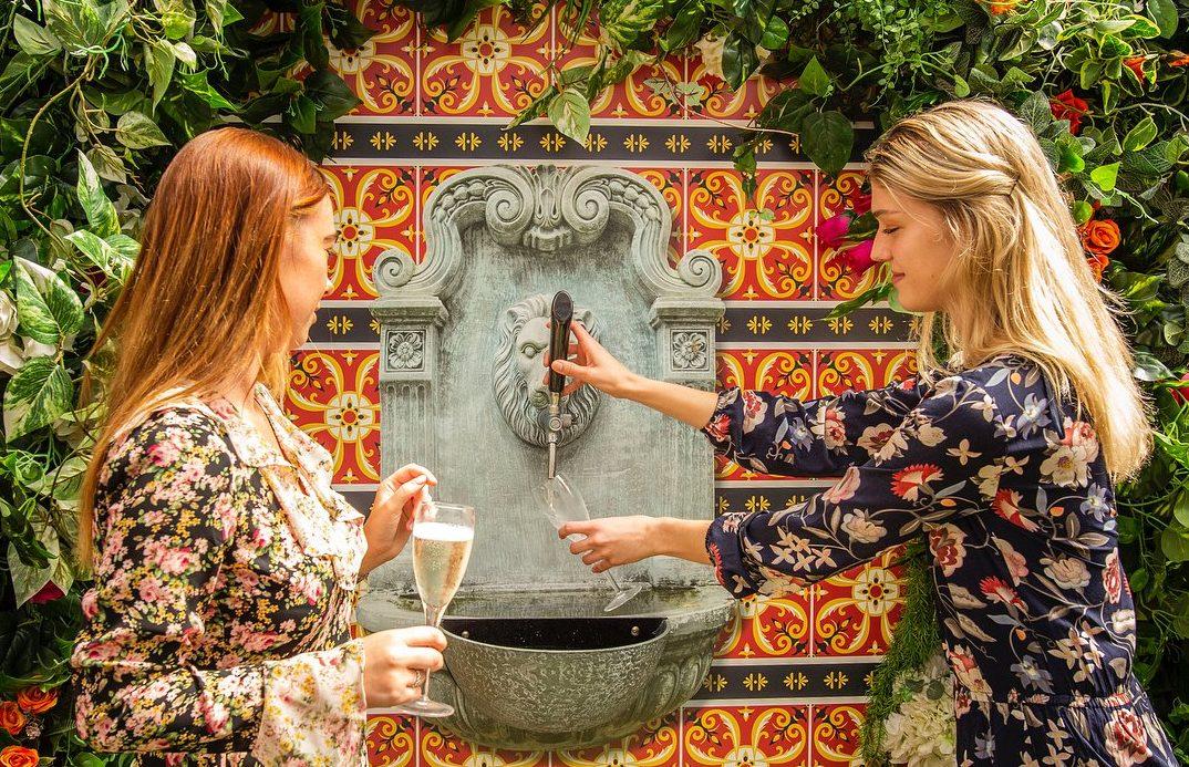 Restaurant in Melbourne now has a self-serve prosecco fountain