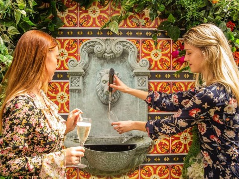 Restaurant in Melbourne now has a self-serve prosecco fountain
