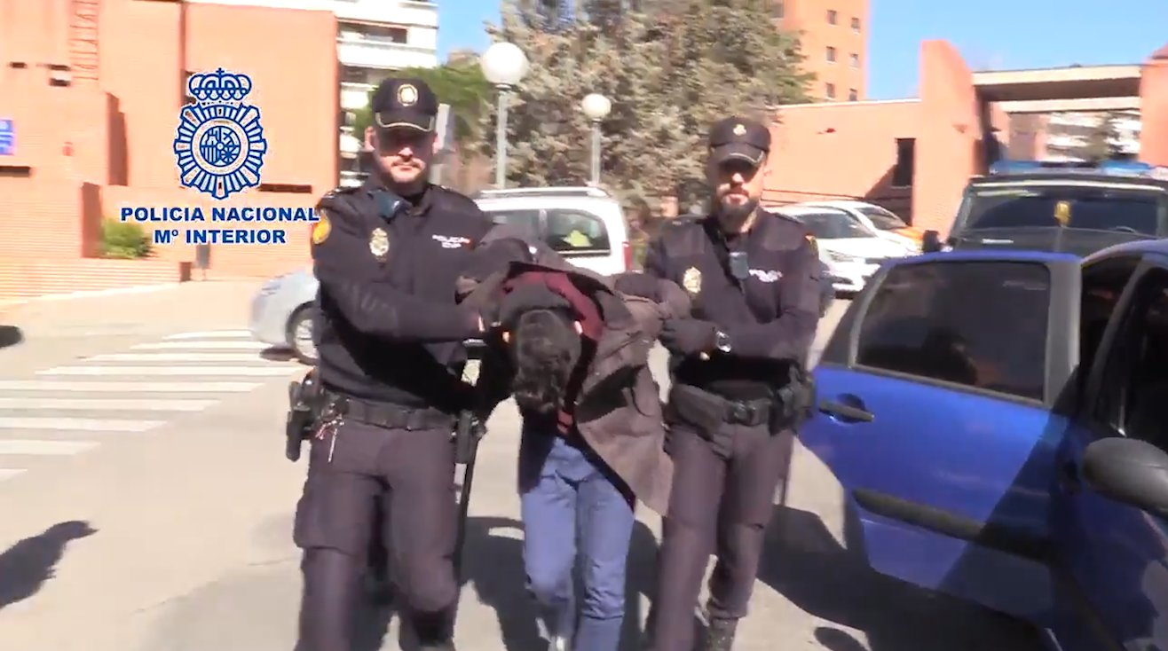 GRABS - Alberto Sanchez Gomez arrested in Madrid for 'sharing his mum?s body parts with his pet dog'