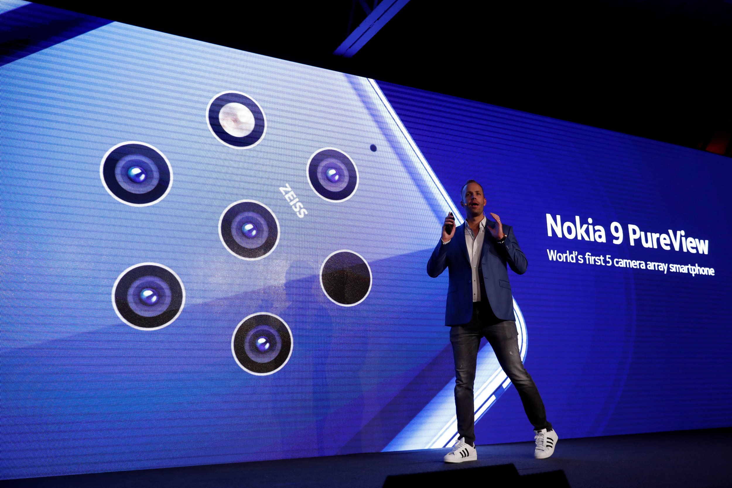 HMD Global Product Officer Juho Sarvikas, presents the new Nokia 9 PureView during the Mobile World Congress in Barcelona, Spain February 24, 2019. REUTERS/Rafael Marchante