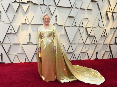 Glenn Close dresses as an Oscar for Academy Awards red carpet but sadly leaves her dog Pip at home