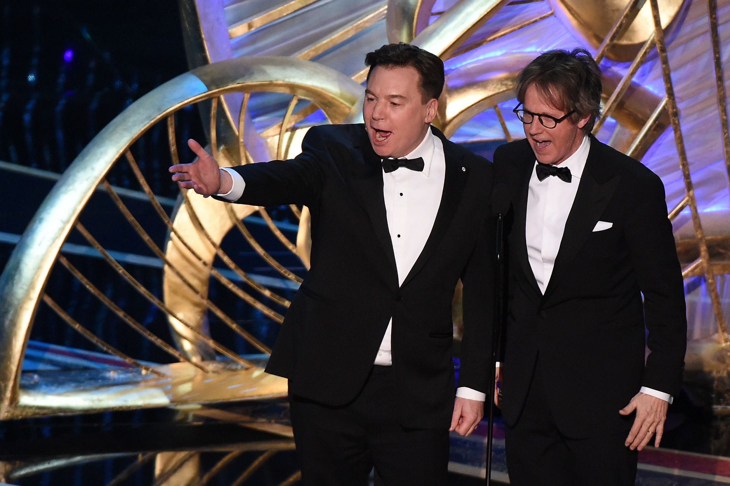 Mike Myers and Dana Carvey reunite on Oscars stage to joke about spew because Wayne's World