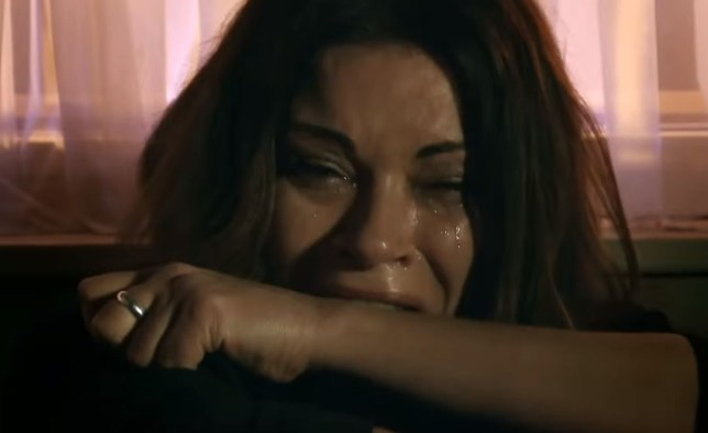 Carla breaks down in Coronation Street