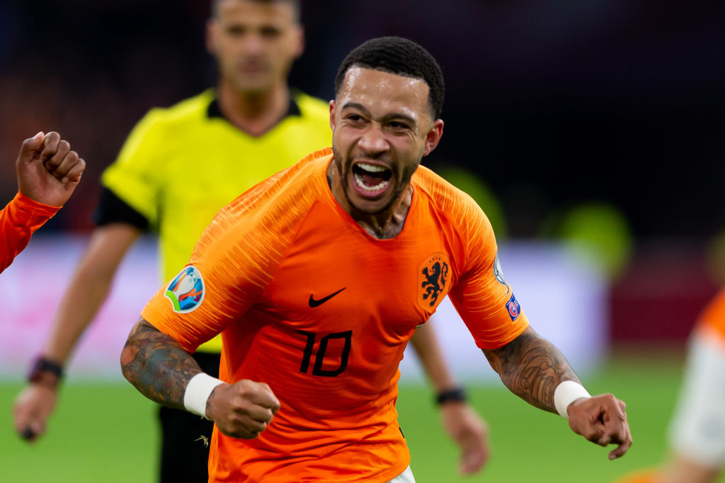 Memphis Depay would want Manchester United return, says Robert Pires