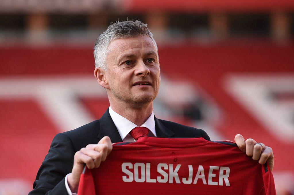Jamie Redknapp tells Solskjaer who to make Manchester United captain following Antonio Valencia exit