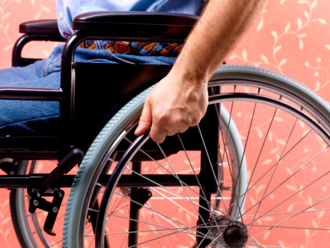 Night out in a wheelchair twitter thread
