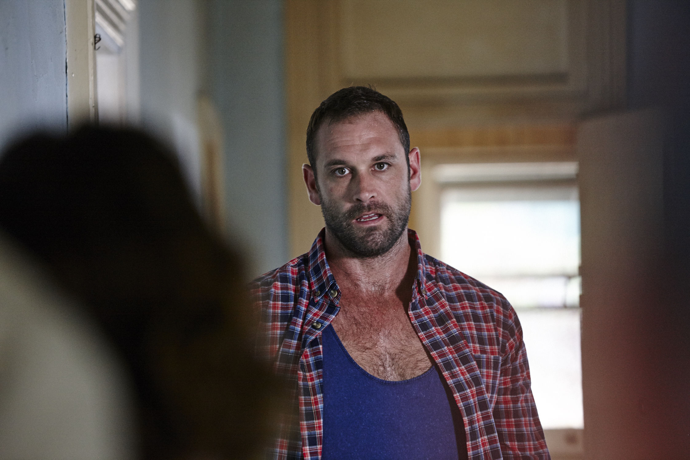 Home and Away spoilers: Robbo leaves the Bay for good?