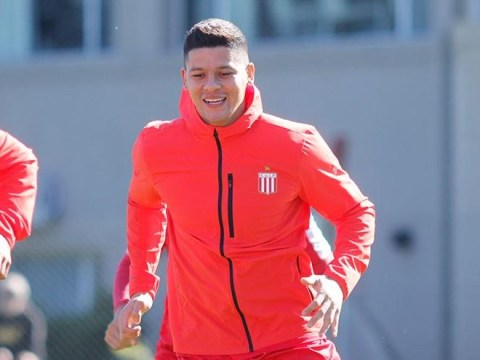 Manchester United give Marcos Rojo permission to train with Estudiantes