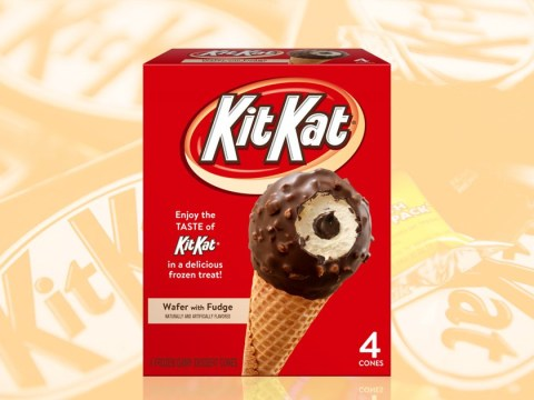 KitKat Drumsticks bring together ice cream, chocolate sauce and wafers and we're excited