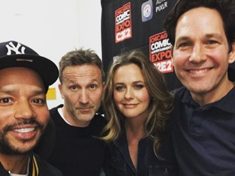 Clueless cast share epic reunion picture and we are bugging