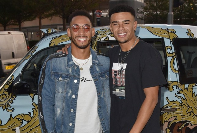 BGUK_1341505 - London, UNITED KINGDOM - Love Island???s Josh Denzel & Wes Nelson arrive in a boohoo branded taxi???s to attend a boohooMAN Love Island dinner. Pictured: Josh Denzel - Wes Nelson BACKGRID UK 18 SEPTEMBER 2018 BYLINE MUST READ: RUSHEN / BACKGRID UK: +44 208 344 2007 / uksales@backgrid.com USA: +1 310 798 9111 / usasales@backgrid.com *UK Clients - Pictures Containing Children Please Pixelate Face Prior To Publication*