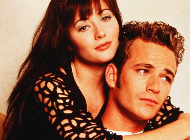 luke perry as dylan mckay and shannen doherty in beverly hills 90210