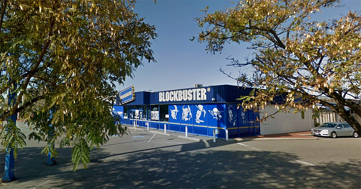 There's one BlockBuster Video store left on Earth - and it's closing this month google maps metrograb