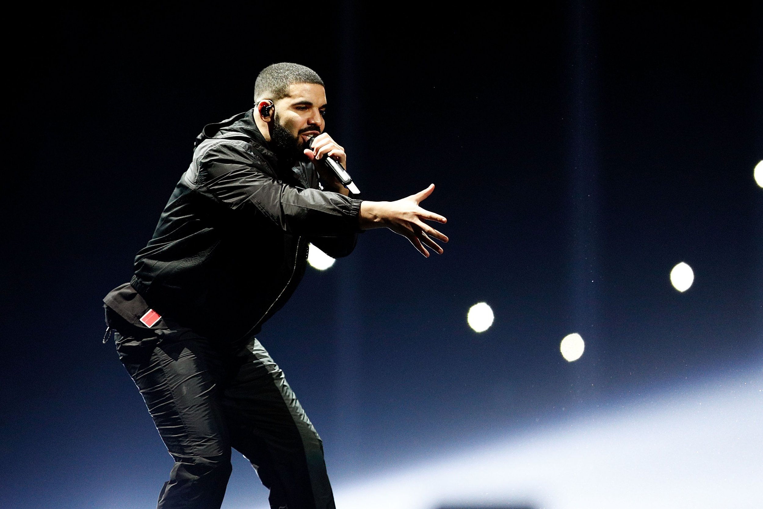 Drake swaps stadiums for Leicester nightclub to make up for cancelling 2017 gig