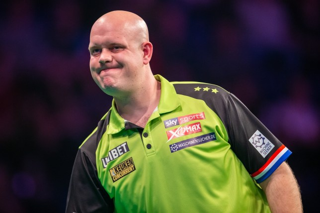 14th March 2019, Motorpoint Arena, Nottingham, England; Unibet Premier League Darts, night 6; Michael van Gerwen in his match against Gerwyn Price (photo by Tim Williams/Action Plus via Getty Images)