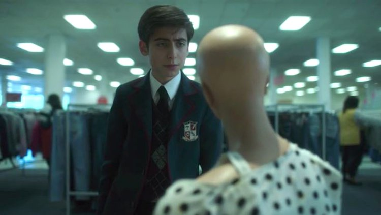 The Umbrella Academy fans slam theory Number Five's mannequin girlfriend is alive