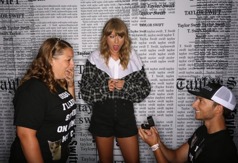 What Happens On Tour: Taylor Swift backstage proposal