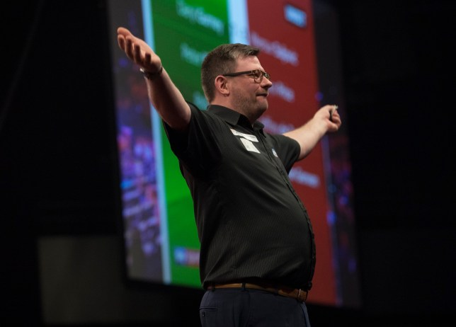 UNIBET PREMIER LEAGUE DARTS 2019 AHOY ARENA, ROTTERDAM NIGHT2 PIC LAWRENCE LUSTIG James Wade V MICHAEL SMITH JAMES WADE IN ACTION