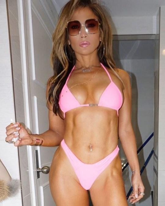 f3563185a5 Jennifer Lopez shows off fierce abs in Hustlers (stripper movie) teaser  Picture  Jennifer