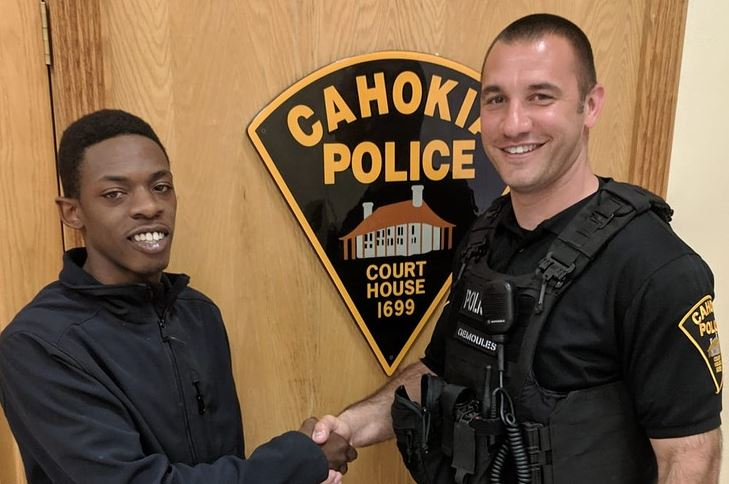 Kind cop pulled boy over for busted window – then ended up driving him to vital job interview