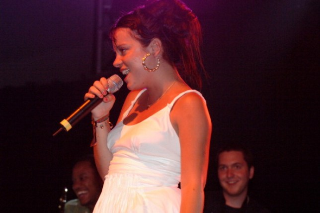 Lily Allen performs at Coachella in 2007