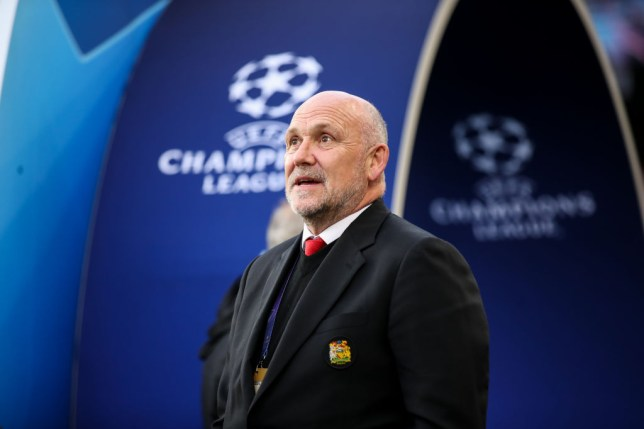 Manchester United are keen to keep Mike Phelan