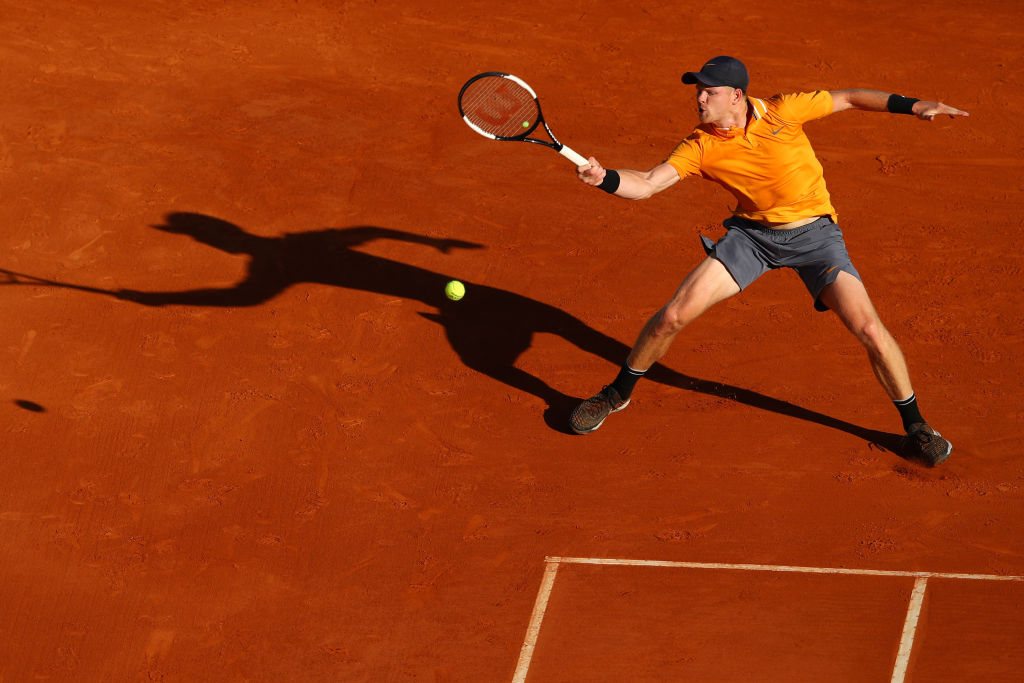 Roger Federer gives first glimpse of clay-court preparation as Kyle Edmund suffers Monte Carlo collapse