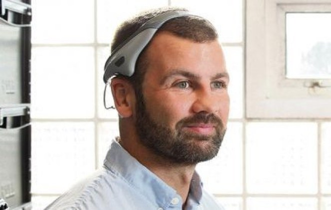 Dr. Jason McKeown wearing the Modius headset (Modius)