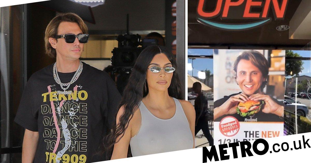 eaafded38a Kim Kardashian grabs a burger because she s a good friend to Jonathan  Food  God  Cheban