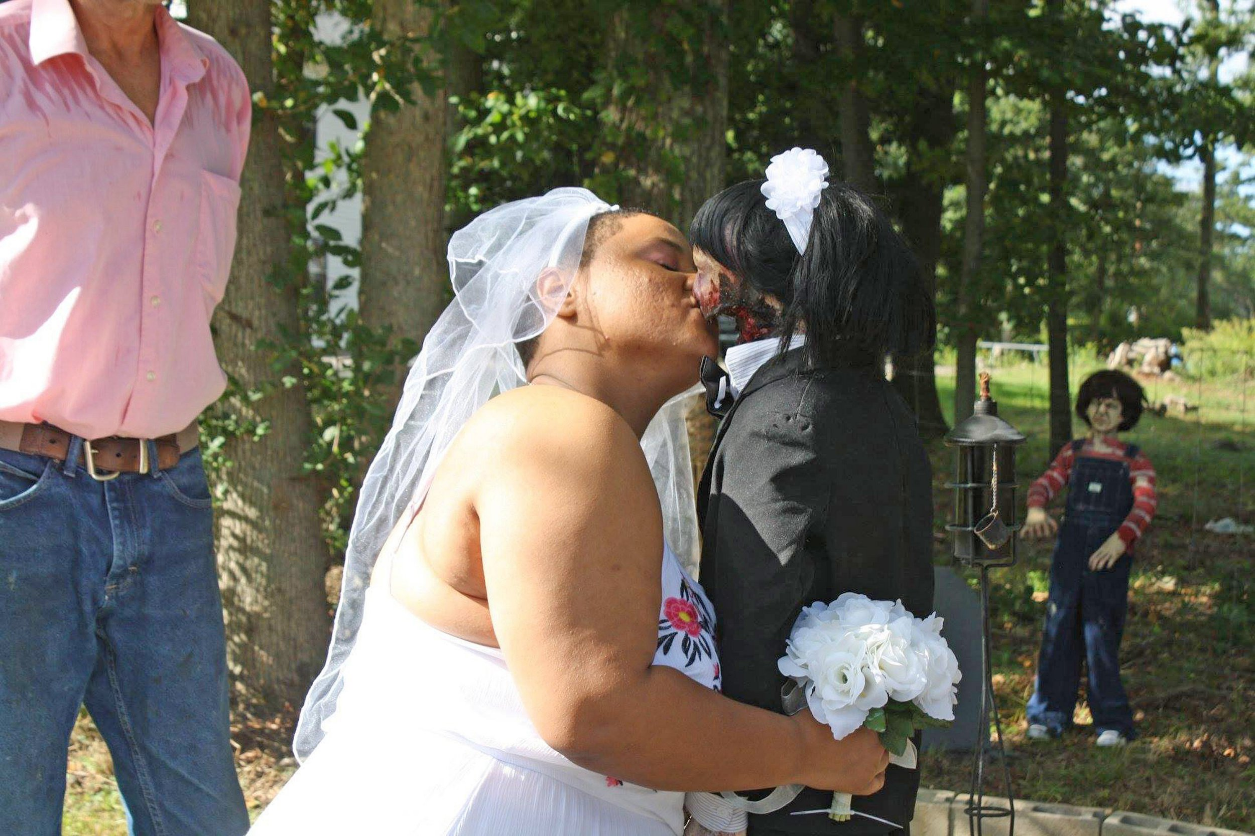 (PICTURED : Felicity Kadlec, 20, and her 37-year-old zombie doll wife, Kelly Rossi, on their matrimony day on Sep 16 2018.) A lady has claimed that her universe is now finish after she MARRIED her zombie doll. Felicity Kadlec, 20, marry a adore of her life Kelly Rossi, a zombie doll who she claims is 37-years-old, 6 months ago (Sept 15). The pleasing ceremony, that took place in Tiverton, Rhode Island, USA, cost Felicity 500USD (388GBP) - covering her possess matrimony dress, a fit for Kelly and decorations for a outside venue. Alongside 4 of her family friends, 8 of Felicitys other dolls also attended a rite to uncover their support. - SEE CATERS COPY