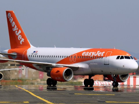 EasyJet passenger tries to open cabin doors at 33,000ft